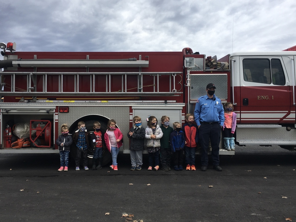 PreK students with Oakfield Fire Department