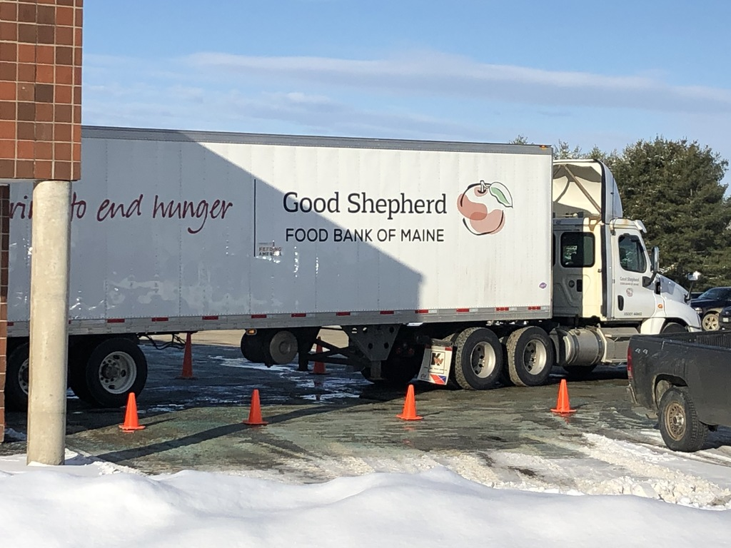 Truck delivering food